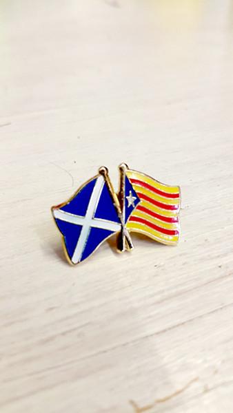 Scottish Solidarity with Catalonia Badge