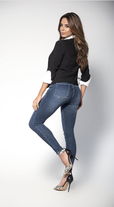 Classic Butt Lifting Blue Jeans