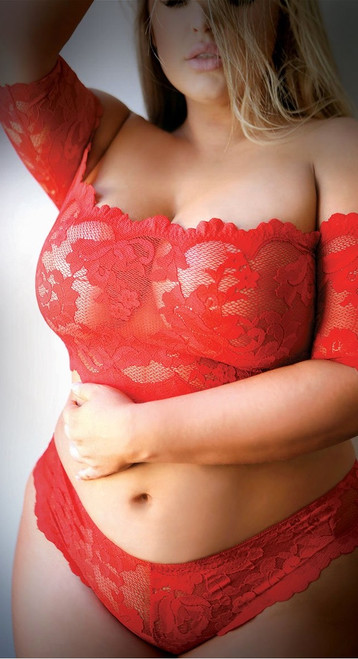 Plus Size Rose and Thorn Red Lace Crop Top Set