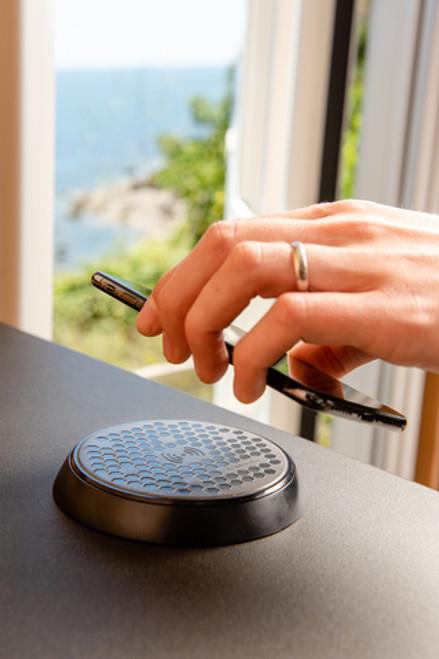 ROKK Wireless Charger - Bezel Mount