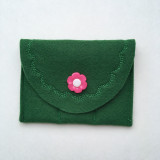 Emerald with pink flower button