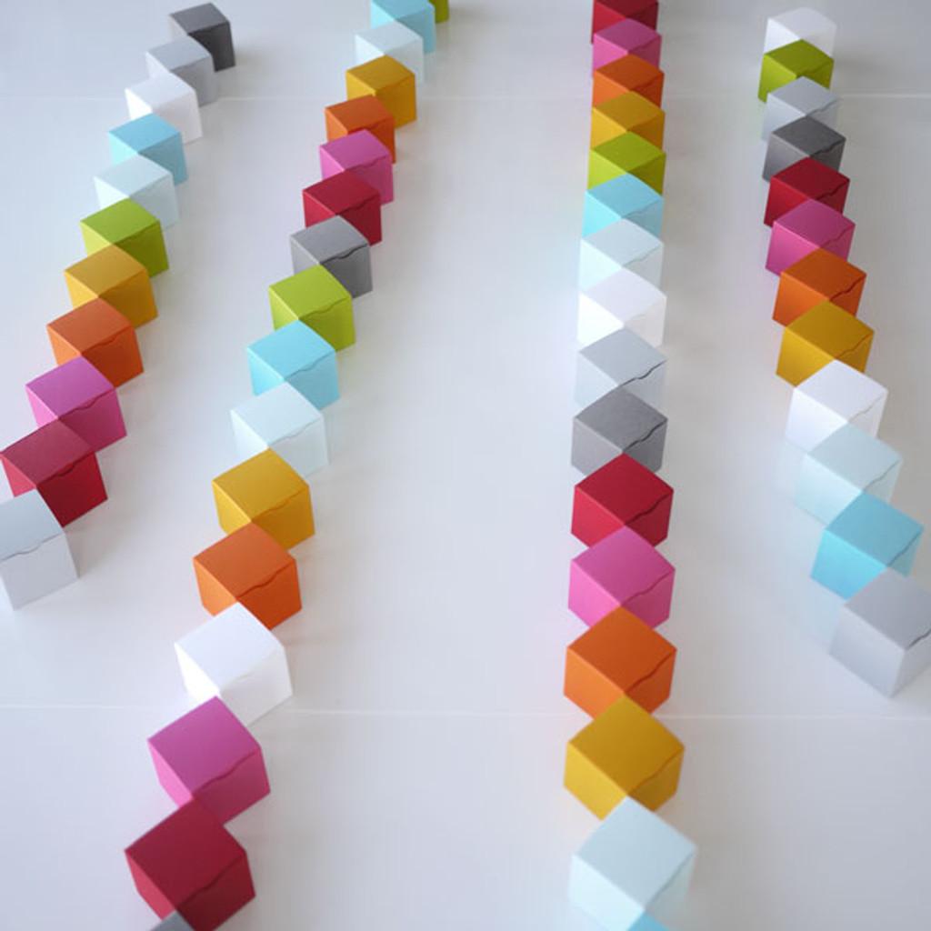 Packaging cubes pour dragées en couleurs