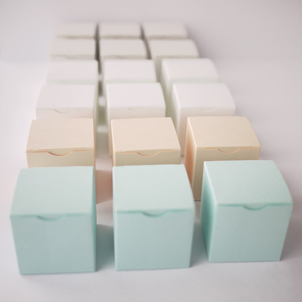 Boites à dragées cubes pastels