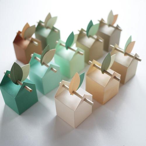 Kit au naturel 10 boîtes à dragées et feuilles