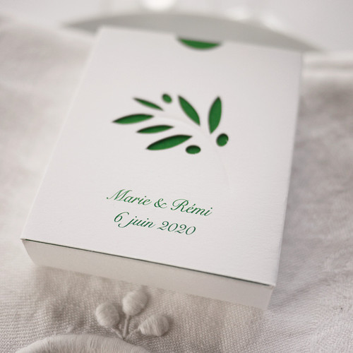 Boîte Rameau d'olivier personnalisée, écriture verte