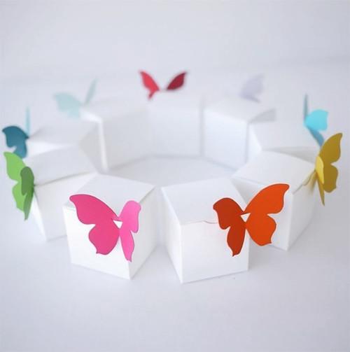 Papillon en papier à clipser