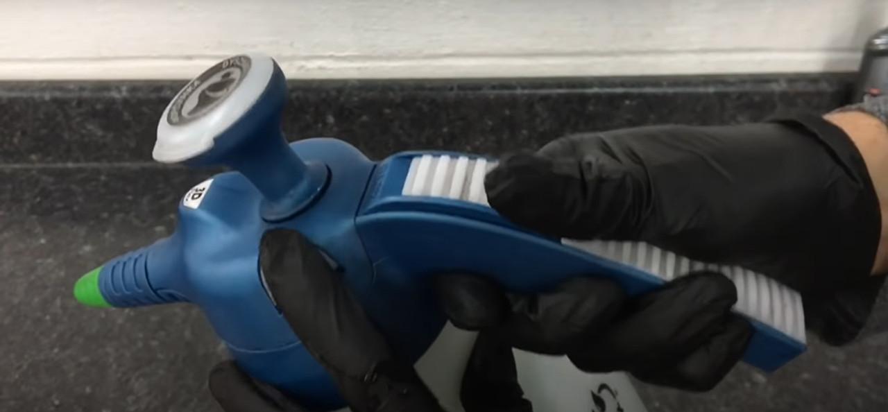 Fluidall ERGO 1000 Handheld Industrial Sprayer, 55.82 Ounce