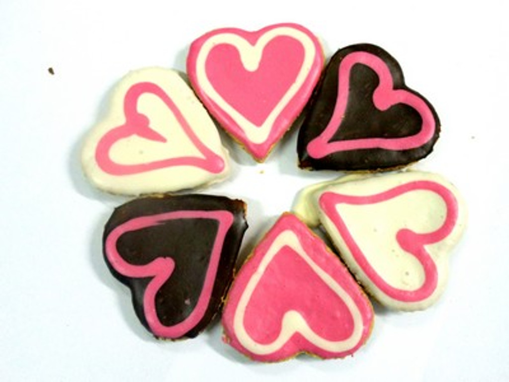 Big Doggy Love Heart Dog Cookie - 3pce