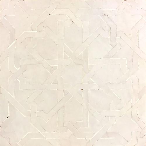 GRAND ANKABOUTI WHITE OUTLINE MOSAIC TILE