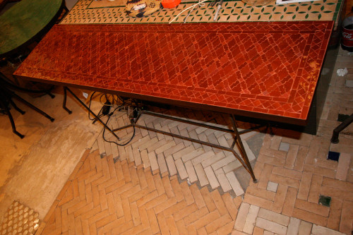 OBLONG RED RENAIS TABLE