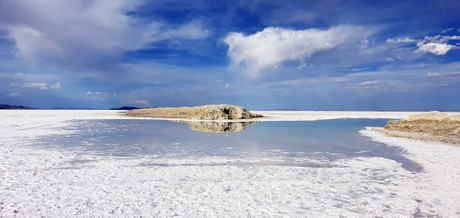 Bonneville Salt Flats - Feels like you are in Dead Sea (Jordan) and Uyuni Salt Flats (Bolivia)