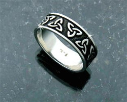 Men and Womans  Trinity Knot Band rings