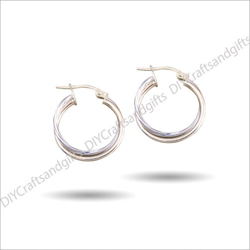 9ct White/Yellow Gold Douple Hoop Earrings. One White Gold, one Yellow Gold. 23mm wide & 1.5mm thick