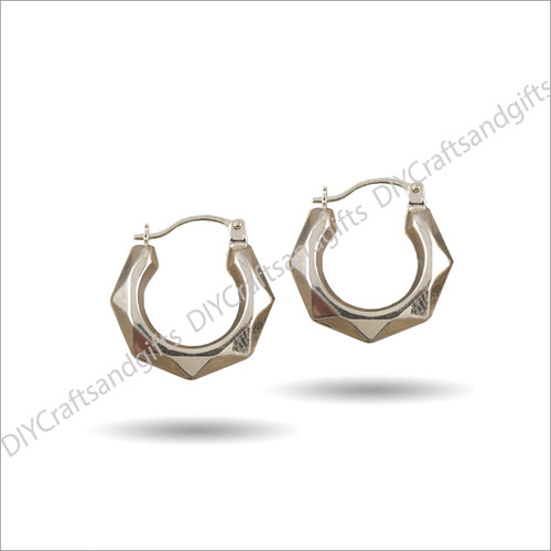 9ct Yellow Gold Hoop Earrings with a geometric/facet design 16mm wide & 3.25mm thick