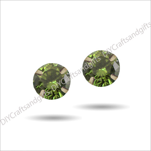 9ct Yellow Gold Earrings 5mm Round Peridot Crystal set in 9ct Yellow Gold findings