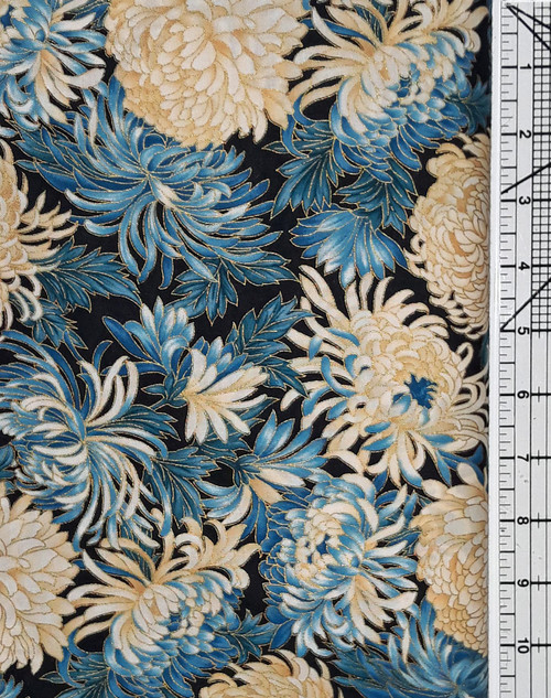 Turquoise and Cream Mums on Black