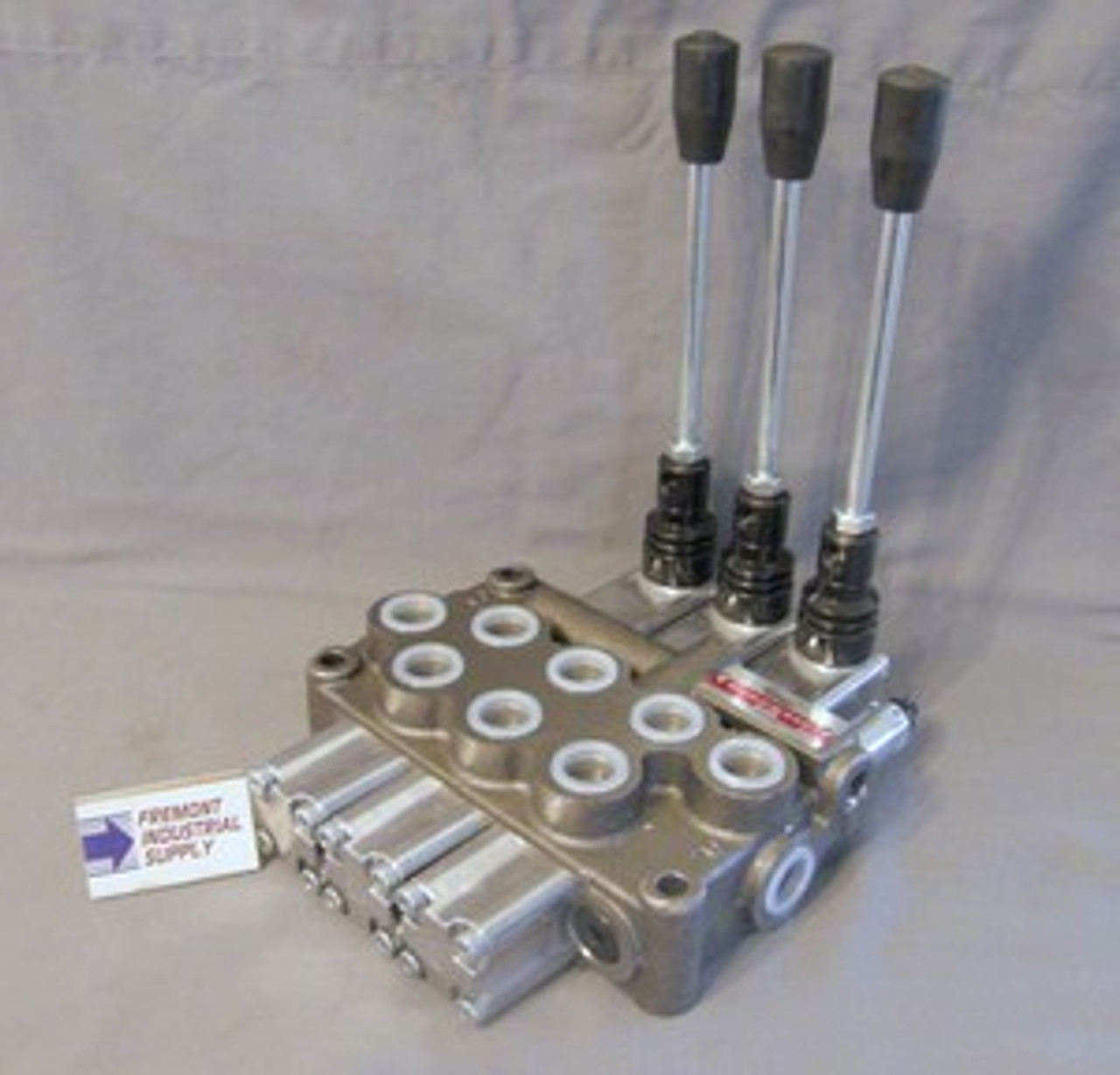 Hydraulic directional control valve 3 spool 21 GPM BUILT TO YOUR SPECS