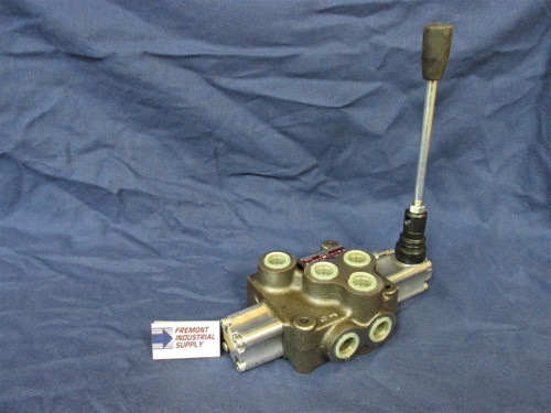 Hydraulic 4 way 3 position directional control valve 1 spool tandem center detented 12 GPM Power Beyond  Youli America