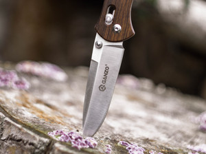 Tactical knives VS. Survival knives