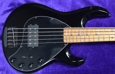 Ernie Ball Music Man StingRay 5 Special, Black Gloss with Roasted Maple Fingerboard