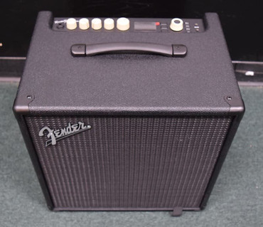 Fender Rumble Studio 40 with Programmable Effects. New In Box *NOT Pre-Owned