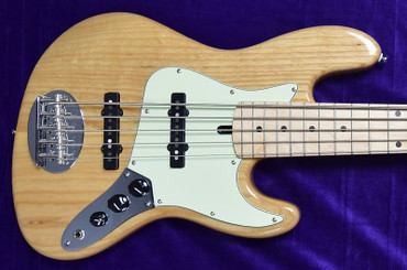 Lakland Skyline 55-60 (Joe Osborn) 5 String Jazz Bass, Natural Ash / Maple Neck