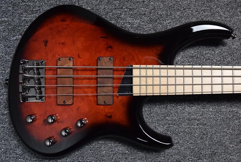 MTD Kingston Z-4, Cherry Sunburst with Maple Fingerboard