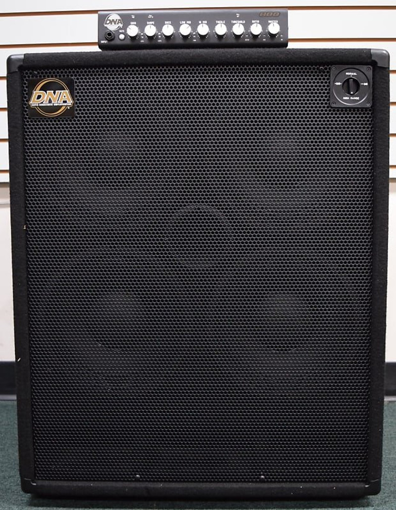 DNA 800 Bass Amp Stack: DNS 410 Neo Cab