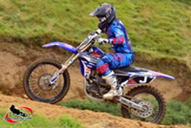 JCR Wins 2015 MX2