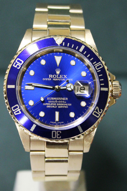 Rolex Oyster Perpetual Submariner - 40mm - Yellow Gold - Unidirectional Rotatable Bezel With Blue Insert - Blue Dial - Oyster Bracelet - Ref. 16618