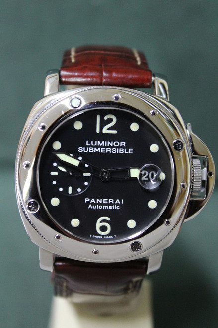 Panerai Luminor Submersible Automatic - 44mm - Brushed Stainless Steel - Rotating Steel Bezel - Black Dial - Brown Leather Strap - Ref. PAM24