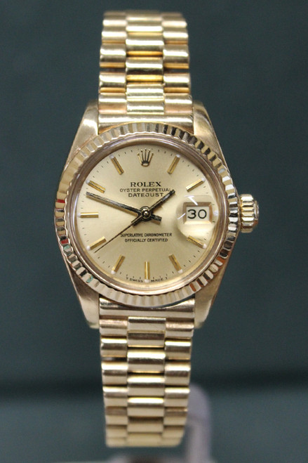 Rolex Oyster Perpetual Ladies Datejust - 26mm - Yellow Gold - Fluted Bezel - Champagne Stick Dial - Yellow Gold President Bracelet - Ref. 69178
