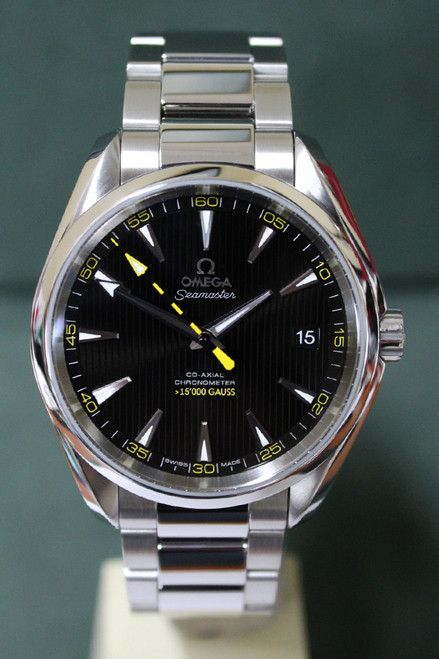 Omega Seamaster Aqua Terra Co-Axial - 41.5mm - Stainless Steel - Smooth Bezel - Black Index Dial - Stainless Steel Bracelet - Ref. O23110422101002