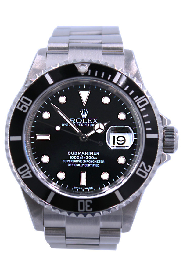 Rolex Oyster Perpetual Submariner - 40mm - Stainless Steel - Unidirectional Rotatable Bezel - Black Dial - Oyster Bracelet-  Ref. 16610