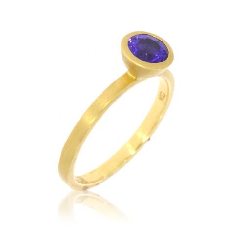 18K Yellow Gold and Round Tanzanite Yumdrop Ring