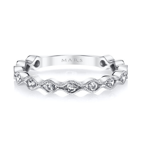 14K White Gold Scalloped Wedding Ring With Diamond Accents