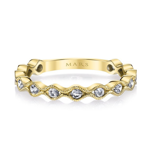 14K Yellow Gold Scalloped Wedding Ring With Diamond Accents