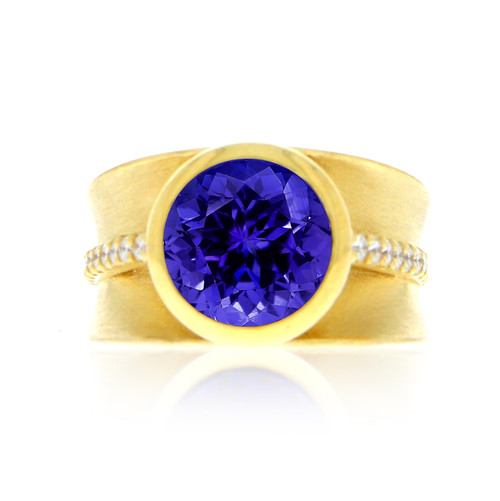 18K Yellow Gold Tanzanite Ring With Diamond Accents