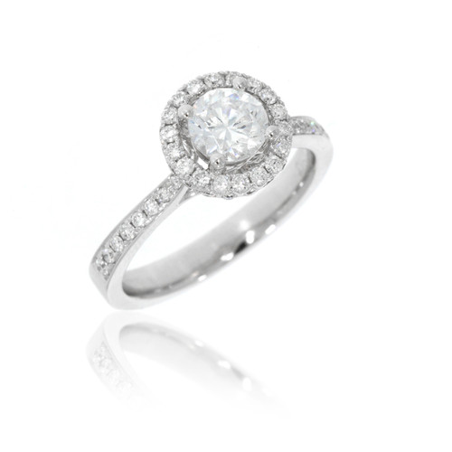 18K White Gold Diamond Engagement Ring With Round Halo