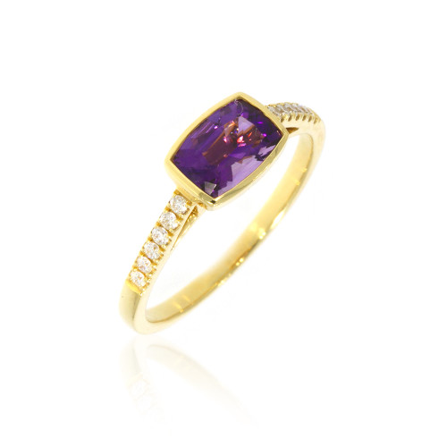 18K Yellow Gold East West Amethyst Ring With Diamond Accents