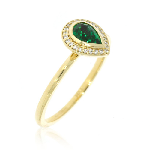 14K Yellow Gold Pear Shape Emerald Ring With Diamond Halo Accent