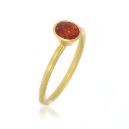 18K Yellow Gold Oval Red Sapphire Yumdrop Ring