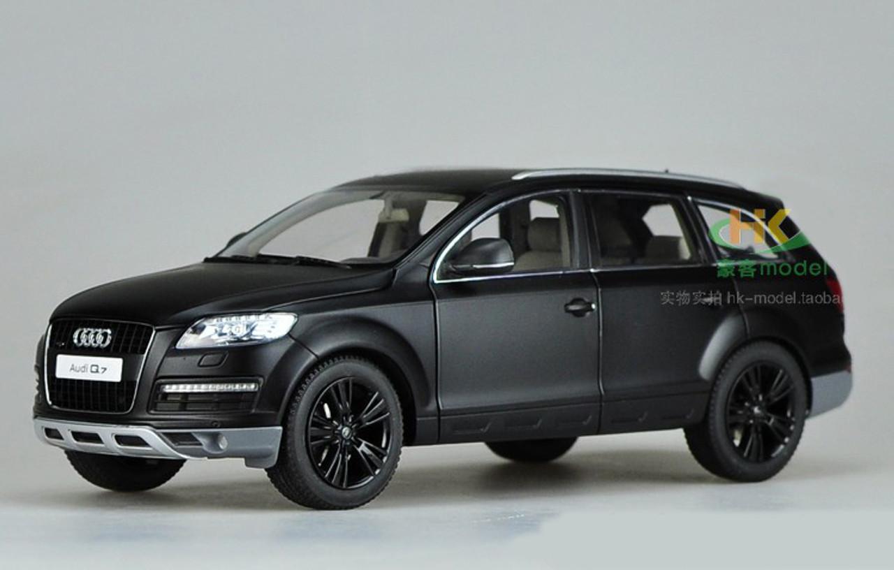 1 18 Kyosho Audi Q7 Matte Black Diecast Car Model Livecarmodel Com