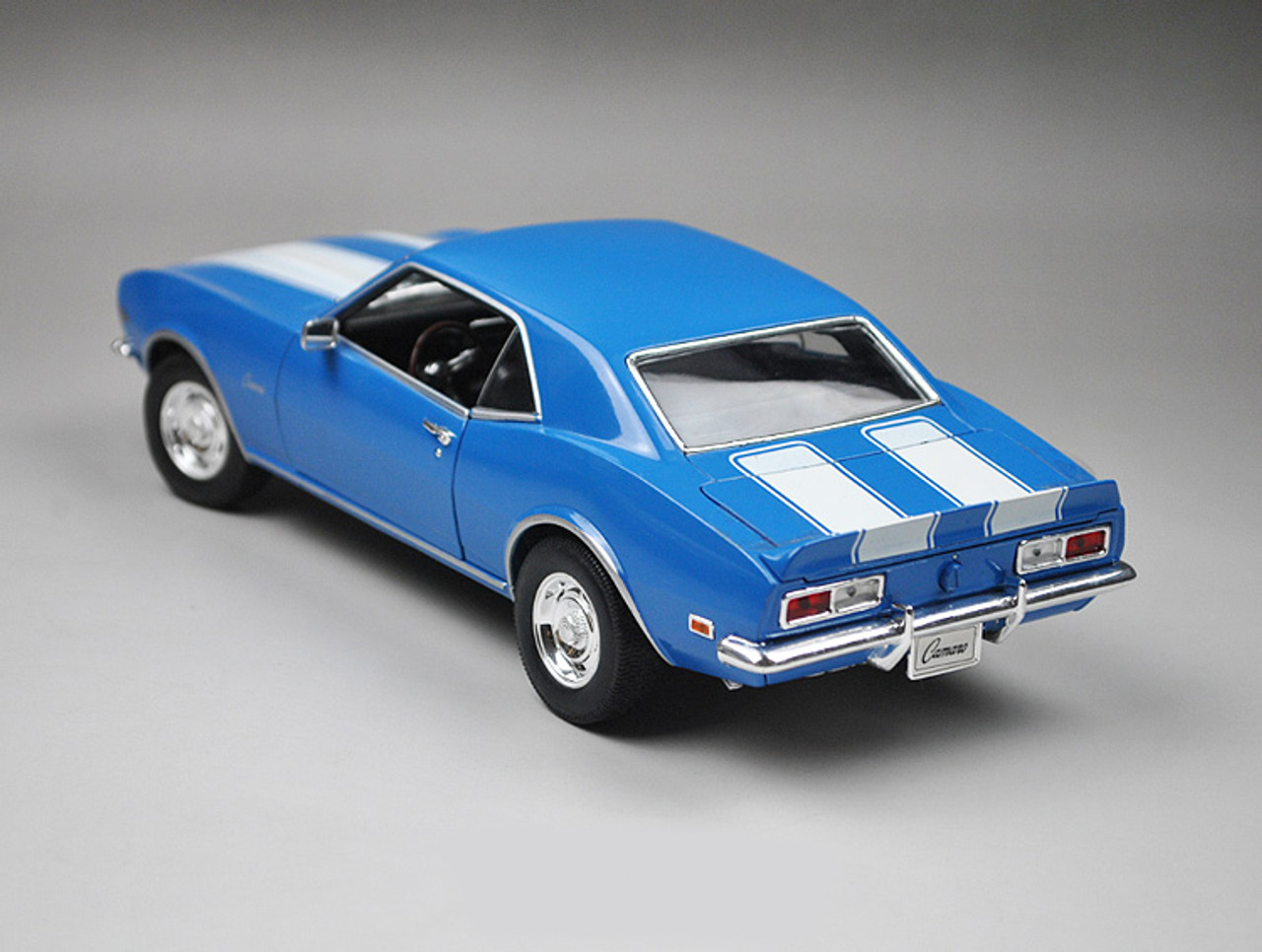 Chevrolet Chevy Camaro Z28 Coupe Blau 1968 1 Generation ca 1//43 1//36-1//46 Welly