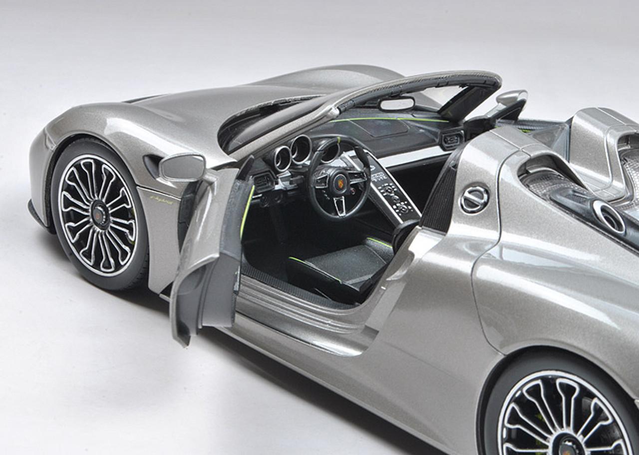 1/18 Welly FX Porsche 918 Spider Spyder Diecast Car Model