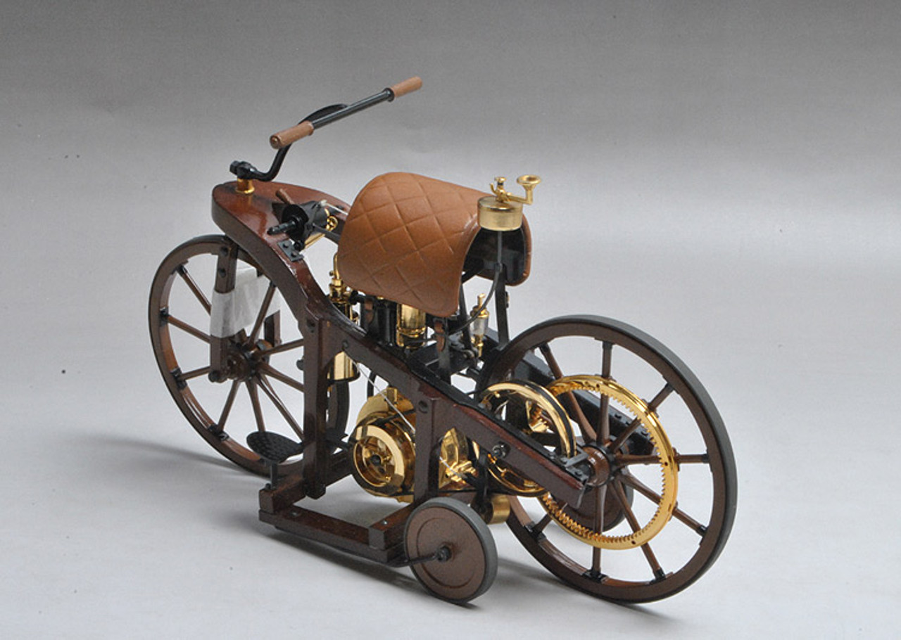 1/8 Franklin Mint 1885 DAIMLER SINGLE TRACK MOTOR VEHICLE