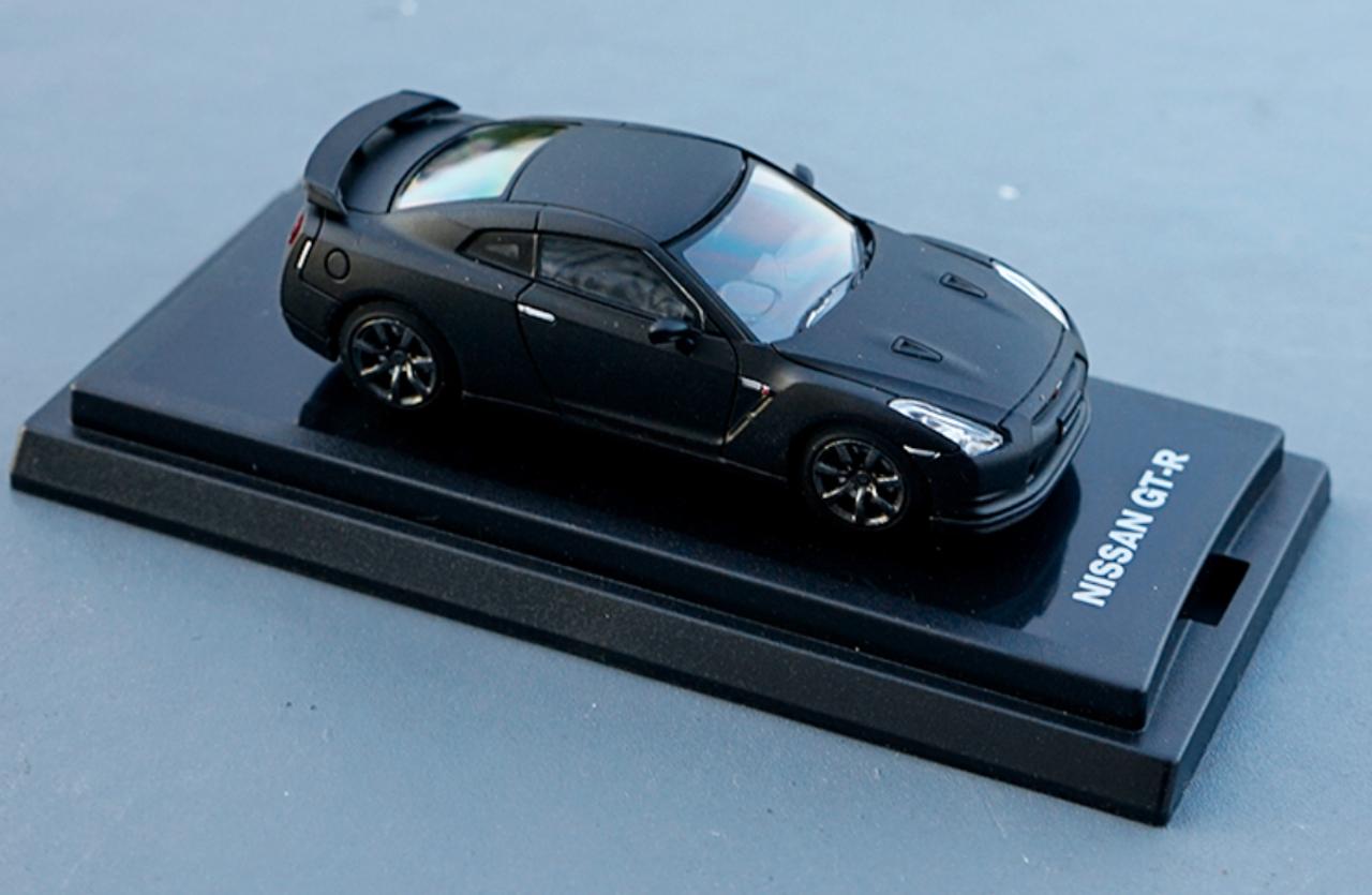 1/64 Dealer Edition Nissan GT-R GTR (Matte Black) Diecast Car Model