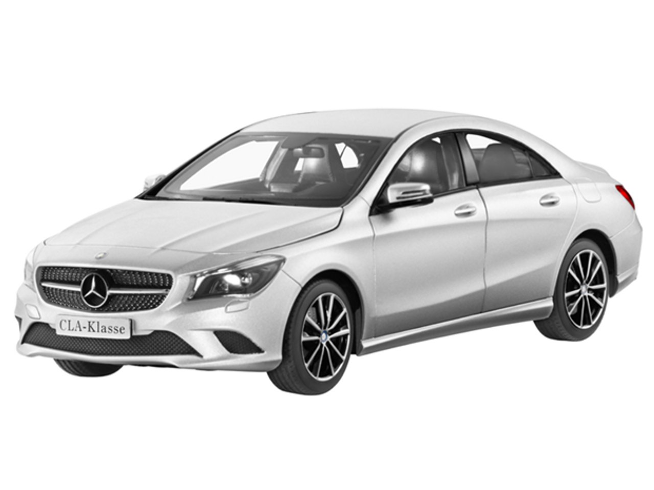 1/18 Dealer Edition Mercedes-Benz CLA (Silver) Diecast Car Model