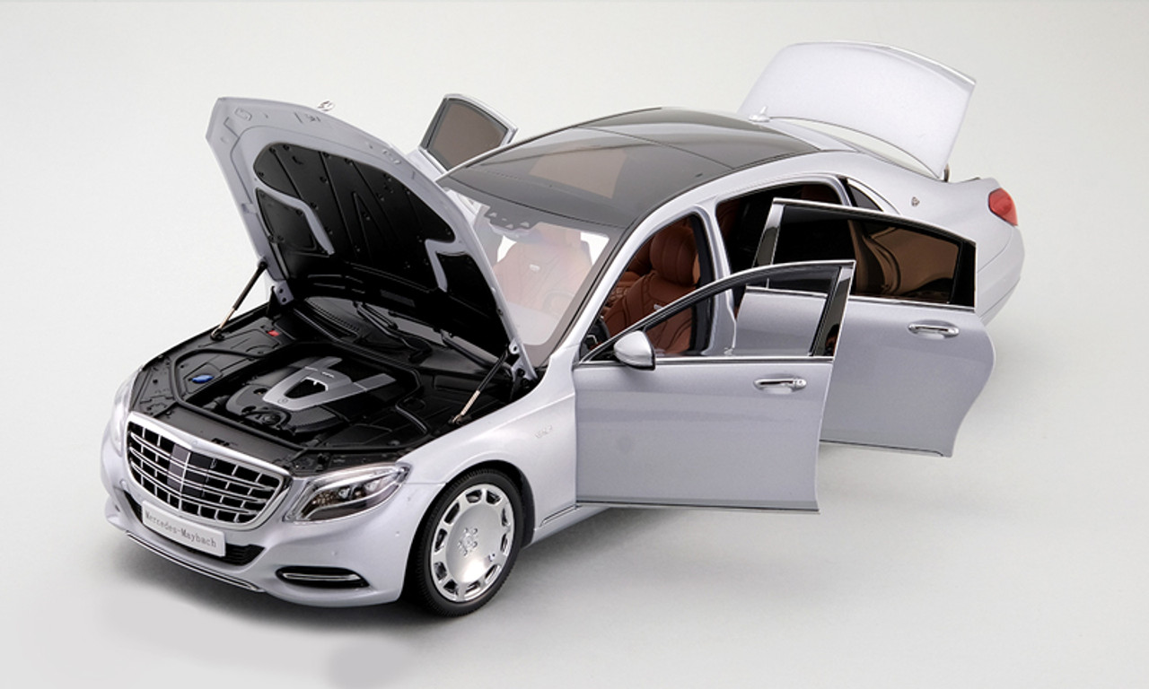 1/18 Almost Real Almostreal Mercedes-Benz MB Mercedes Maybach S600 (Silver) Diecast Car Model