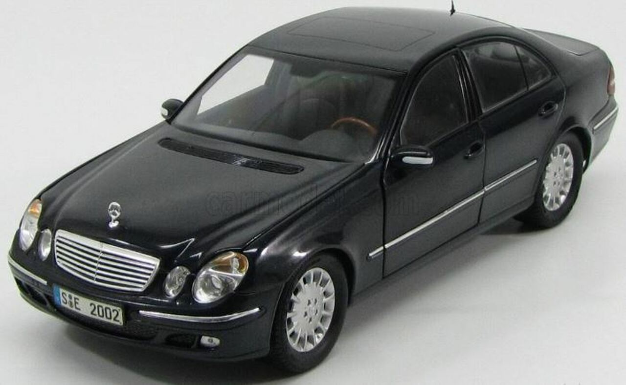 RARE 1/18 Kyosho Mercedes-Benz MB E-Class E-Klasse W211 (Black) Diecast Car  Model